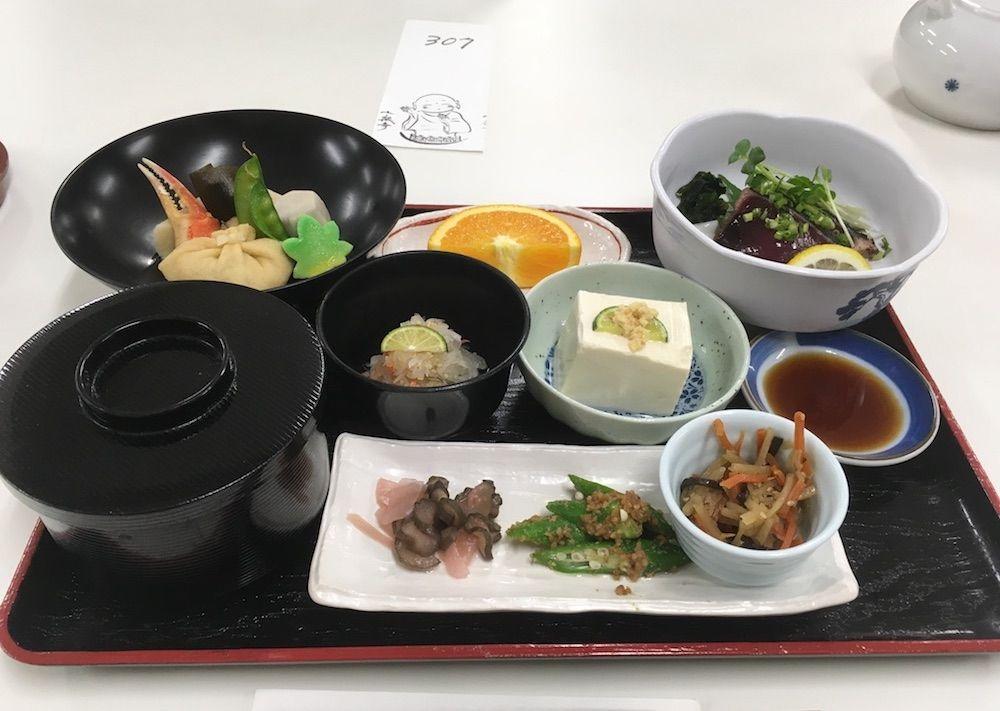 十楽寺宿坊の夕食