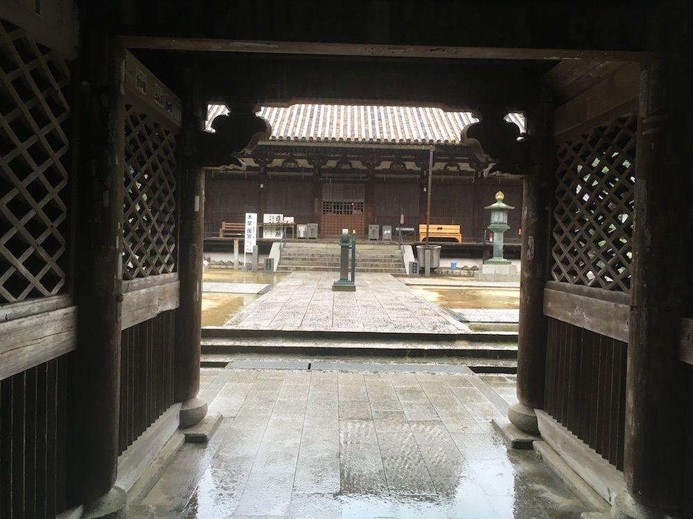 太山寺の本堂
