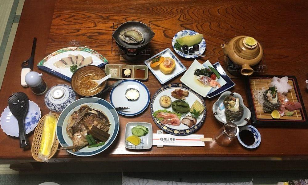 富士廼屋の食事