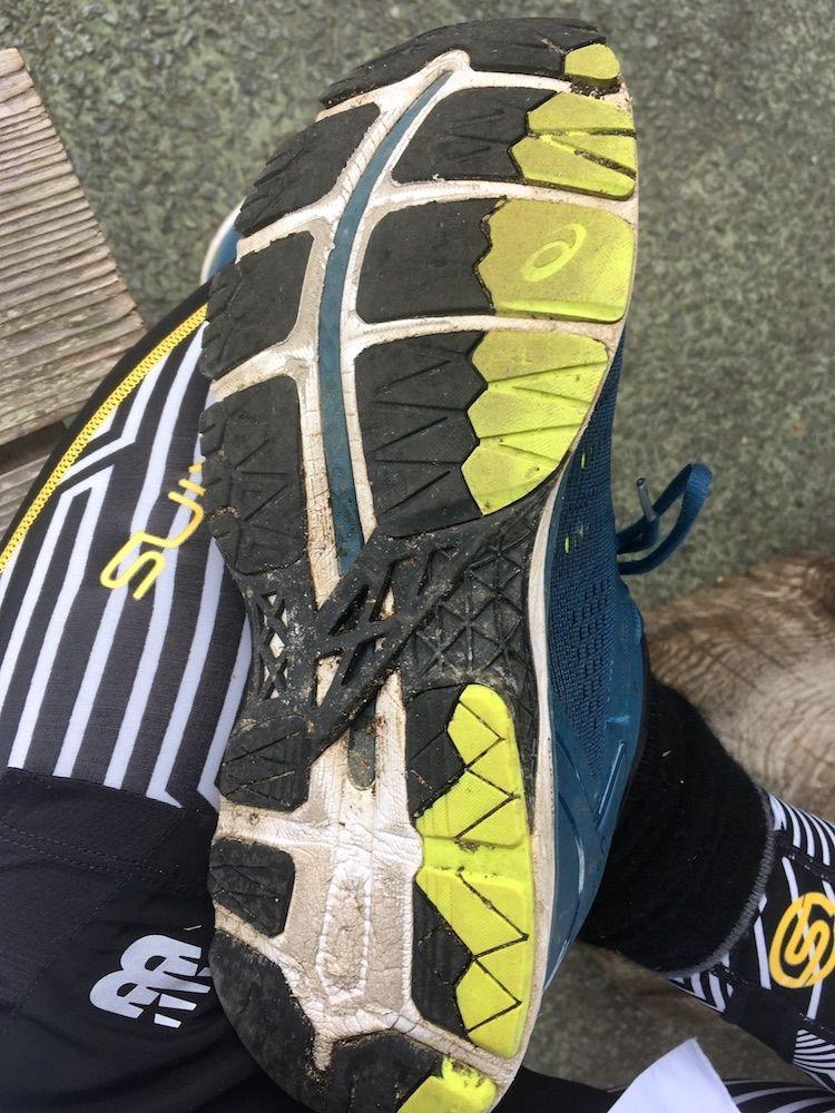 遍路ですり減った靴底