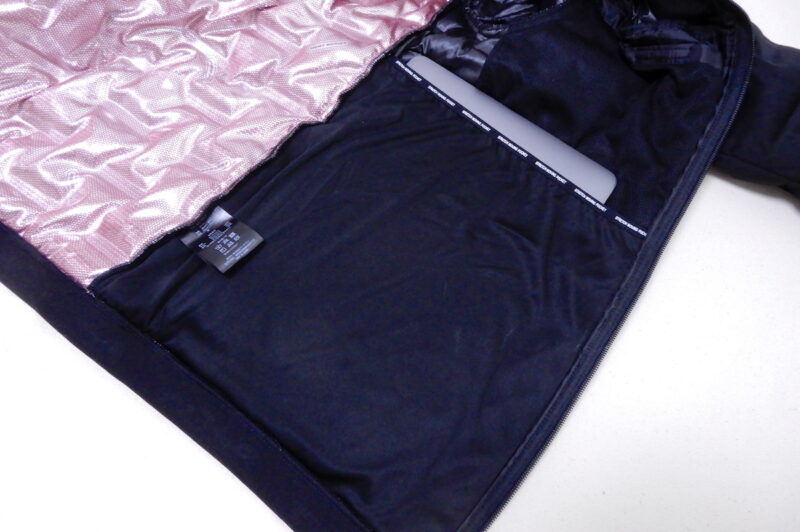エアロ ストレッチ アルティメット パーカーのポケット